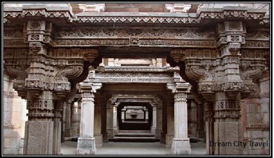 Adalaj Stepwell - in Top 10 Best Places in Ahmedabad